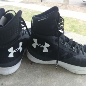 High top Under armour size 9